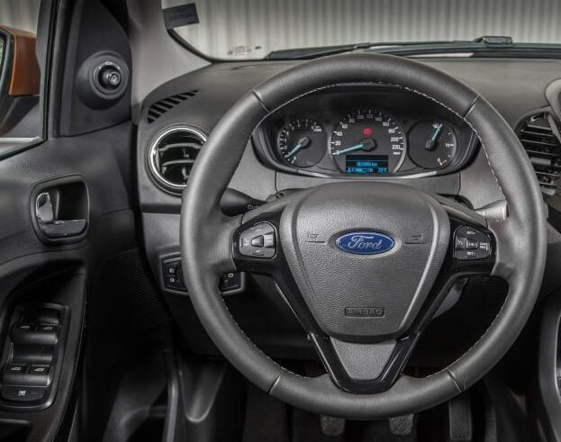Ford Ka+ stuur en dashboard