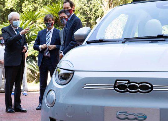 Hoog bezoek voor Fiat 500 Elettrica
