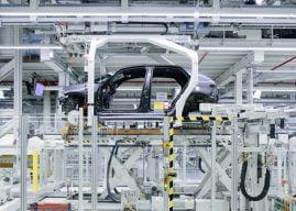 Chiptekort: Wereldwijde autoproductie daalt met 9 procent